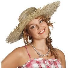 Fille avec chapeau de paille